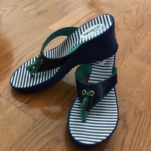Clark's wedge navy and green sandals